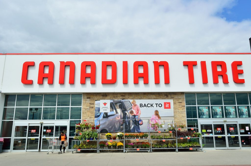 Canadian-Tire-Store